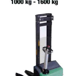Stoccatore SBP10-16N - Stoccatori operatore a terra - 1000 Kg / 1600 Kg